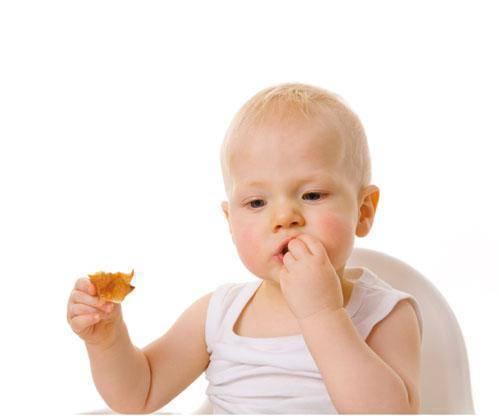 El Baby led weaning ayuda a prevenir la obesidad