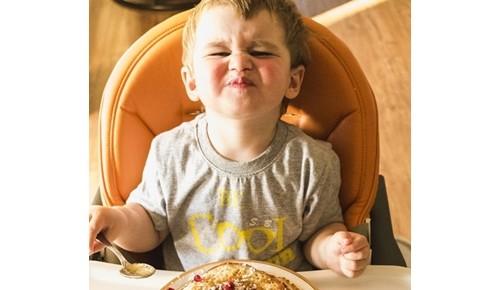Bebé rechaza la alimentación complementaria