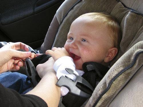 ¿puede un bebé ir en taxi?