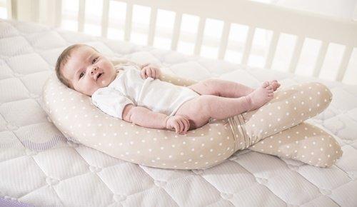 ¿A qué edad empiezan a ver los bebés?