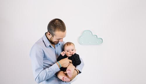 Hacer cosquillas al bebé, ¿es bueno o malo?