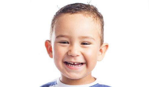 ¿Cuándo un bebé debe ir al dentista por primera vez?