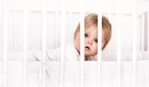 Mi bebé tiene miedo a la cuna