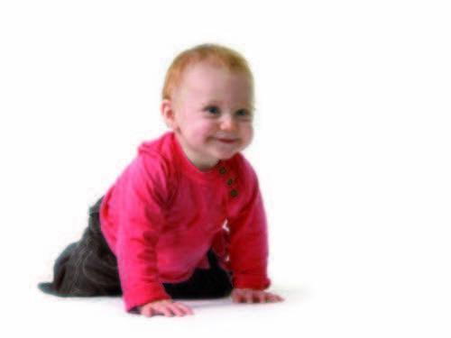 Enseñar al bebé a gatear