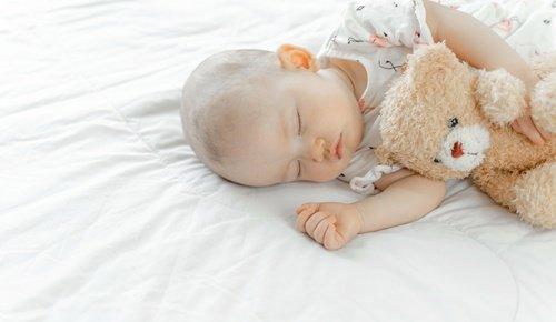 Bebés con lanugo