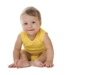 ¿con cuántos meses aguanta la cabeza un bebé?