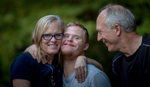 3 razones por las que los abrazos ayudan al desarrollo de tu hijo