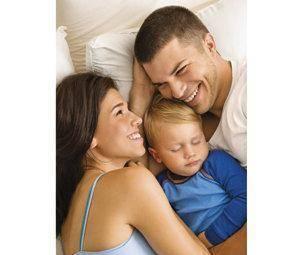 Padres primerizos: cómo afrontar el estrés del cuidado del bebé