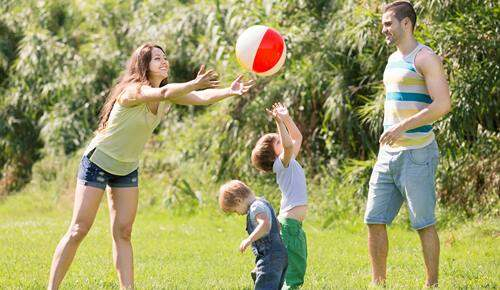 Juegos con pelotas para niños