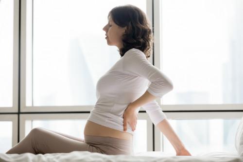 Estoy embarazada y me duele la cintura