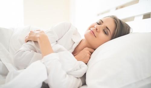 ¿Por qué los adolescentes duermen mucho?