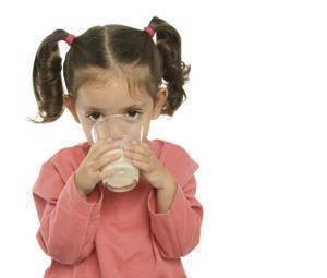 Alergia a la proteína de leche de vaca en bebés