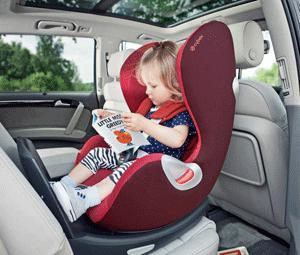 ¿cuándo puede ir un niño en el asiento delantero de un coche?
