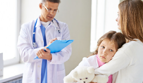 ¿Qué es bueno para la tos en niños?