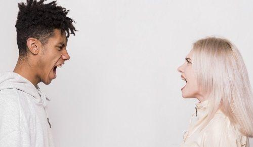 ¿por qué los adolescentes gritan?