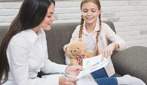 Terapia psicológica para niños por medio del juego