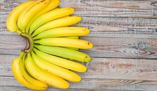 ¿A qué edad empiezan con la fruta los bebés?