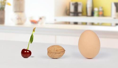 ¿sabías que el tamaño del estómago de un bebé al nacer es como una cereza?