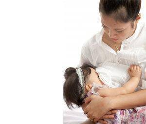 Tomar vitamina d dando el pecho evita su deficiencia en el lactante