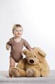 Ensine o seu bebé a brincar sozinho