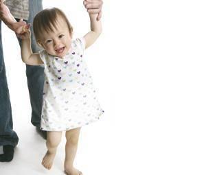 Ventajas de andar descalzos para los bebés