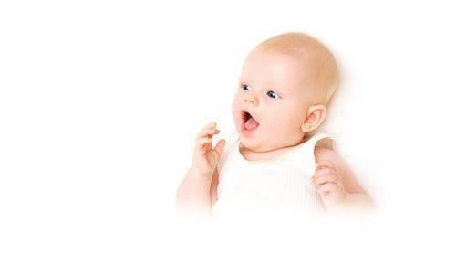 Es normal que el bebé tenga la lengua oscura? - TodoPapás