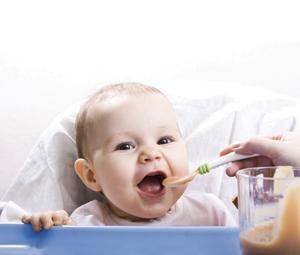 Alimentación del bebé de 1 año