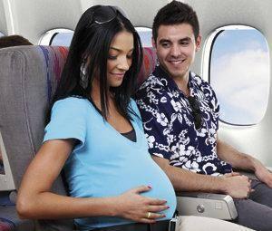 ¿Se puede volar embarazada?