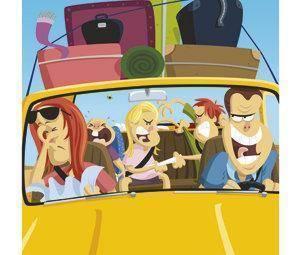 Cómo viajar en coche con toda la familia