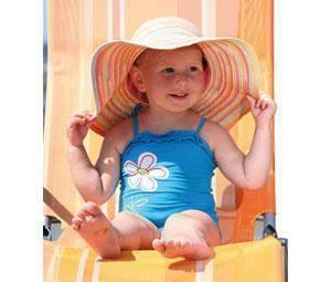 Cómo proteger a los niños del sol todo el año