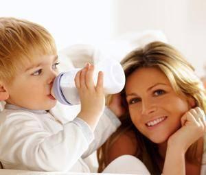5 razones por las que dar leche de crecimiento a tu hijo de 1 a 3 años