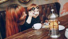 Cómo entretener a niños en un restaurante