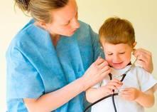 ¿Cada cuánto debe un niño visitar al doctor?