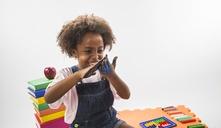 ¿A partir de qué edad los niños pueden jugar con plastilina?