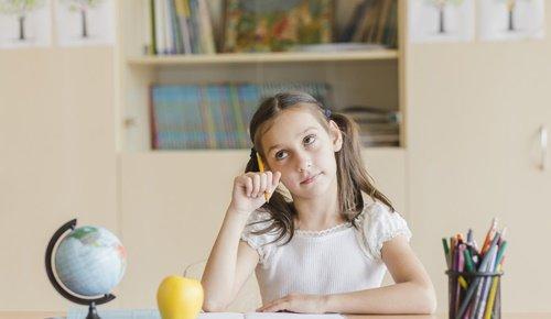 Como ajudar uma criança distraido