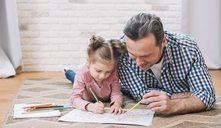 Cómo ayudar a un niño sobreprotegido