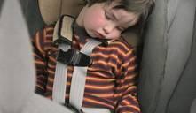 Seguridad infantil en los coches ¿cuándo deben los niños ir delante?