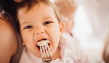 ¿A qué edad puede comer un bebé carne de puerco?