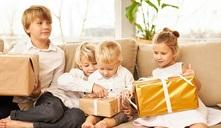 ¿No sabes qué regalar a los niños de tus amigos y familiares?