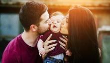 Los niños prosperan cuando sus padres están enamorados