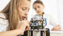 ¿Cómo acercar a las niñas a la ciencia?