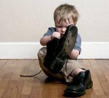 Básicos del bebé. cómo elegir el mejor calzado de bebé