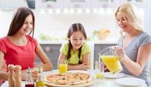Frases que no deberías decir a tu hijo… al comer