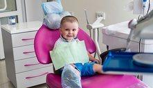 ¿Cómo lavar los dientes de un bebé?