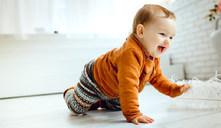 ¿Qué pasa si mi bebé no gatea?