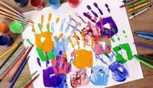 ¿A qué edad empiezan a garabatear los niños?