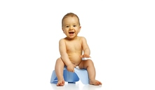 ¿A qué edad empiezan a ir al baño solos los bebés?