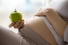 ¿Es normal no sentir ganas de comer durante el embarazo?