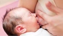 ¿Cómo saber si mi bebé come bien?