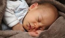 ¿cómo saber si mi bebé pasa calor?